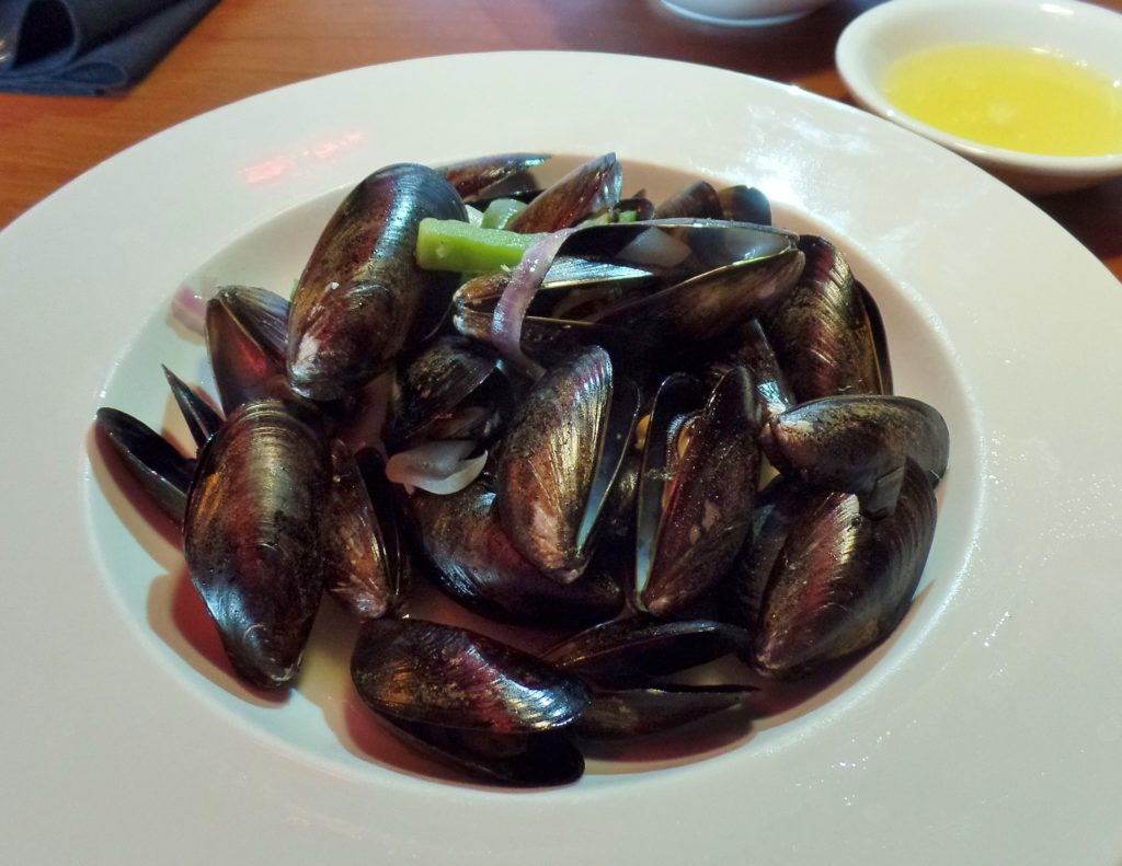 Bagel Cafe's mussels with garlic butter